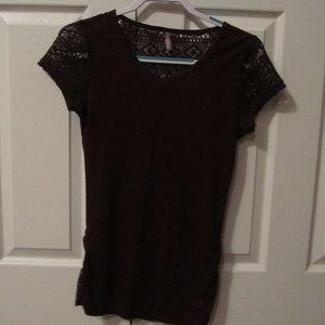 Vanity V-Neck Shirt with Patterned Back